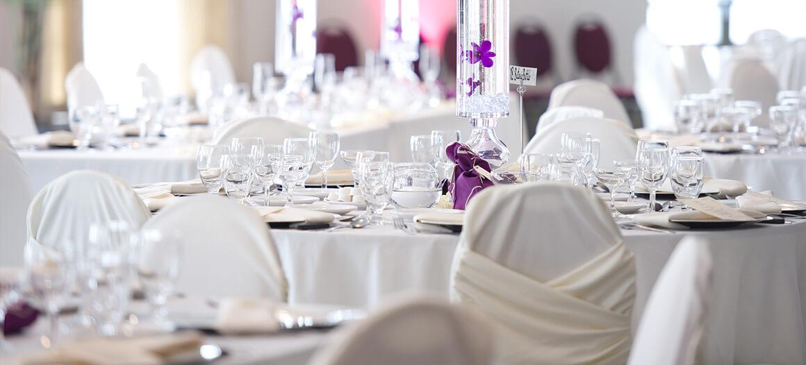 Table lors d'une réception de mariage