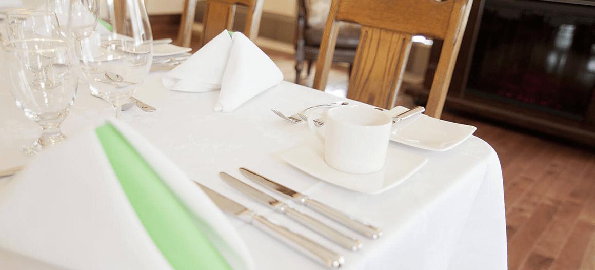Table salle Le petit fort